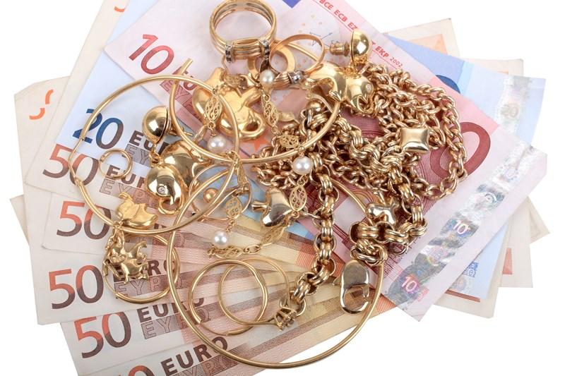 Il est urgent que je vende mes bijoux