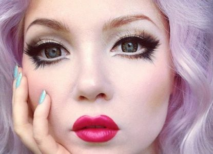 maquillage poupee