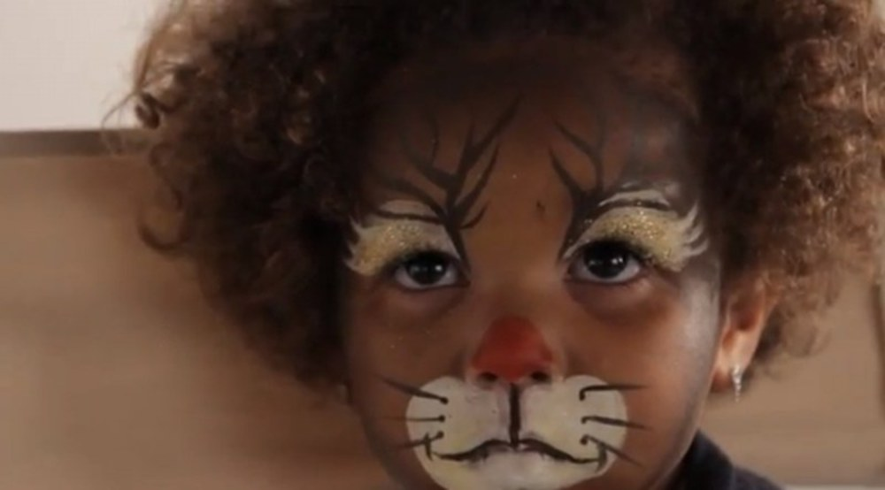 Maquillage halloween simple beaucoup d 39 effet - Maquillage visage enfant ...