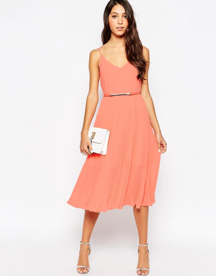 La robe corail: la robe du moment