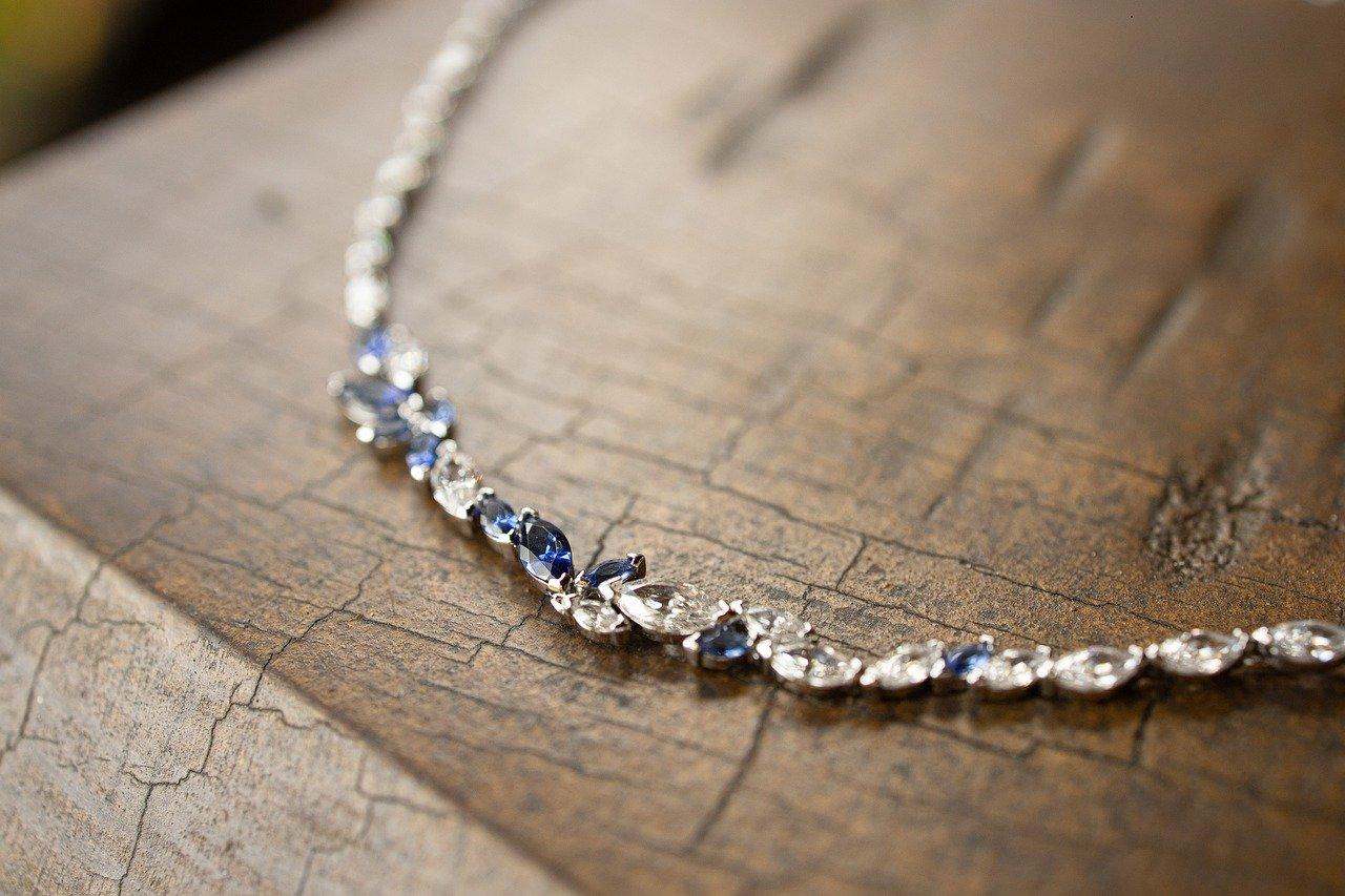 Acheter une boîte à bijoux pour la qualité
